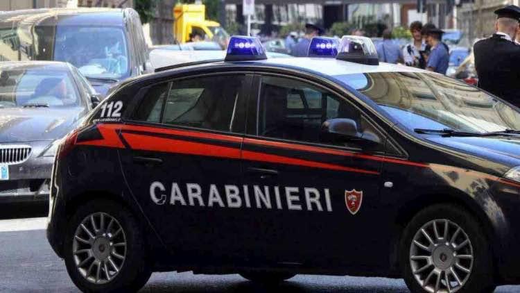 Omicidio Firenze donna tunisina morta hotel indagato uomo italiano
