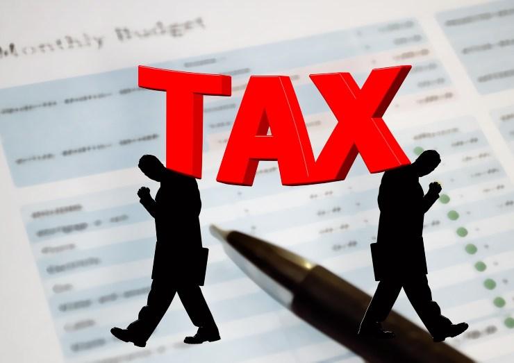 tasse e contributi
