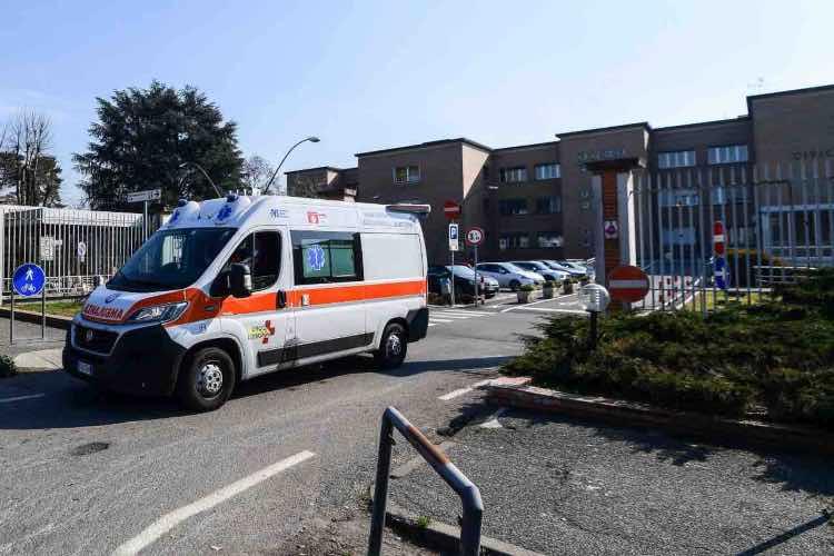 Coronavirus Campania ospedali emergenza sangue donatori