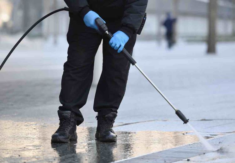 Coronavirus Ministero Ambiente linee guida pulizia strade ipoclorito sodio