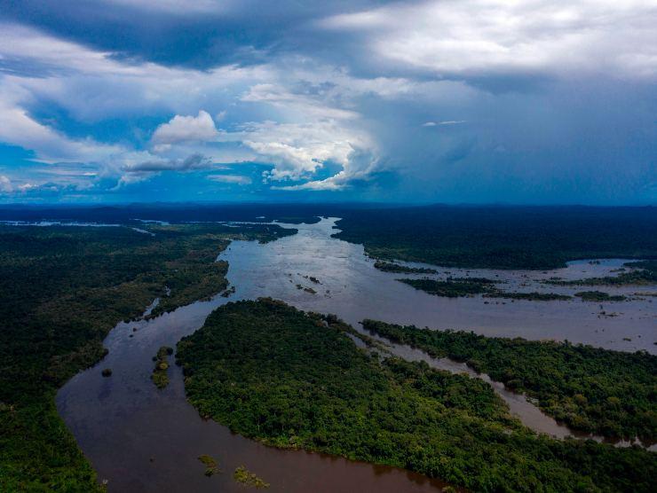 Affondato un traghetto in Brasile