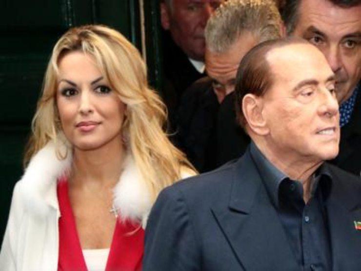 Berlusconi - Fascina