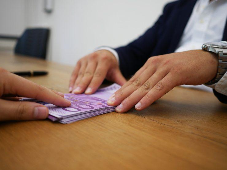direttore istat assegno 2990 euro per 80% famiglie