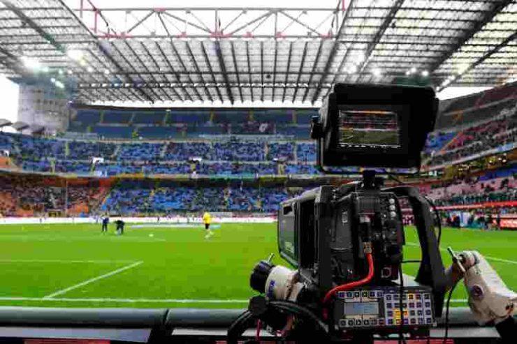 Serie A Var calcio e coronavirus Spadafora