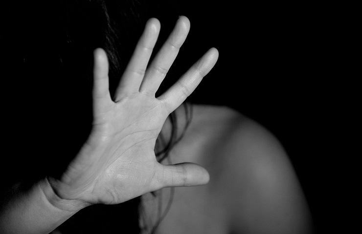 Violenza donna