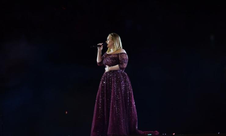 Adele magrissima ringrazia fan e medici su Instagram