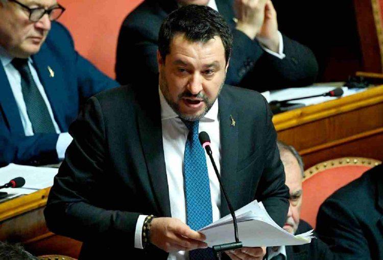 Matteo Salvini confronto con Berlusconi