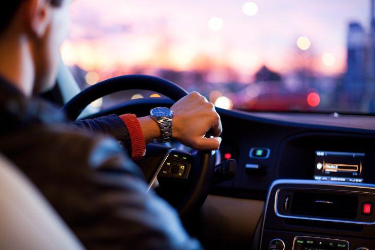 Tutti i cambiamenti dal 1° luglio: dall'obbligo del Pos agli incentivi auto