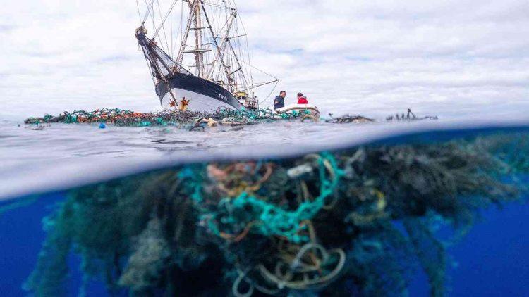 S/V Kwai plastica oceano