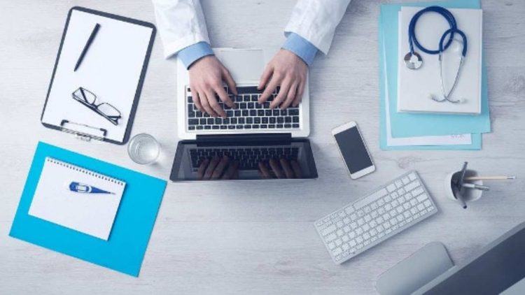 Sanità digitale (Pixabay)