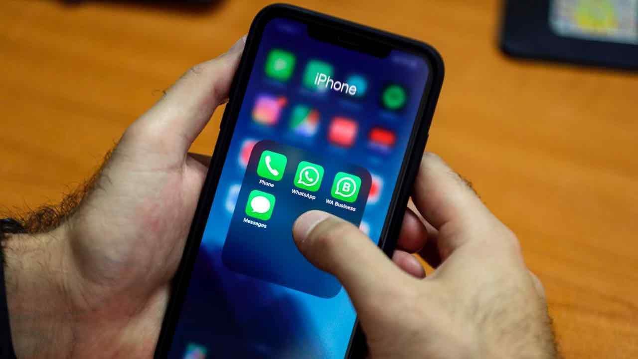 WhatsApp come inviare messaggi programmati