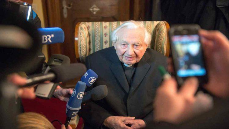 È morto Georg Ratzinger, fratello di Benedetto XVI