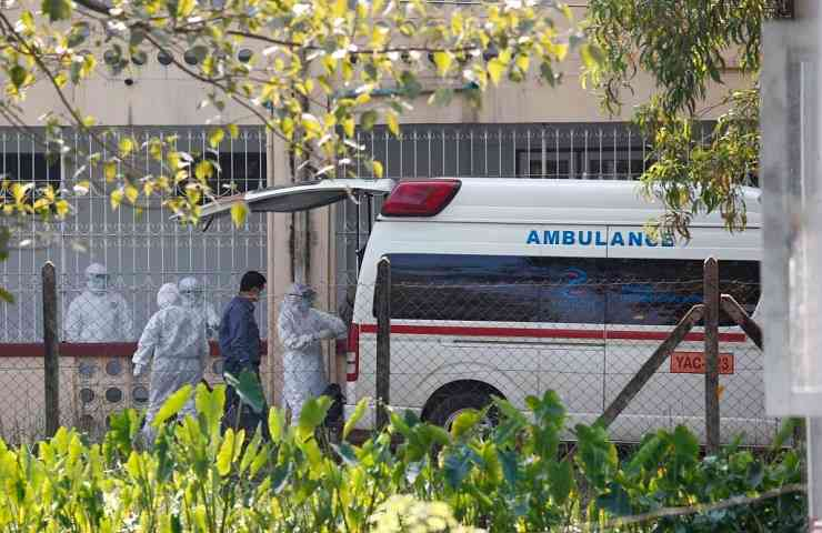 Ambulanza Myanmar