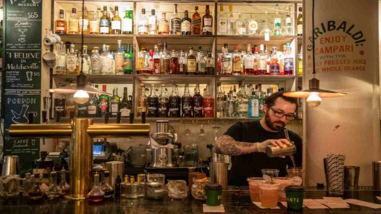 Barman (GettyImages)