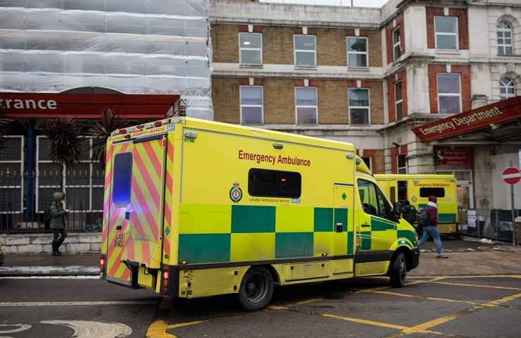 Ambulanza inglese