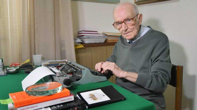 Laureato a 97 anni