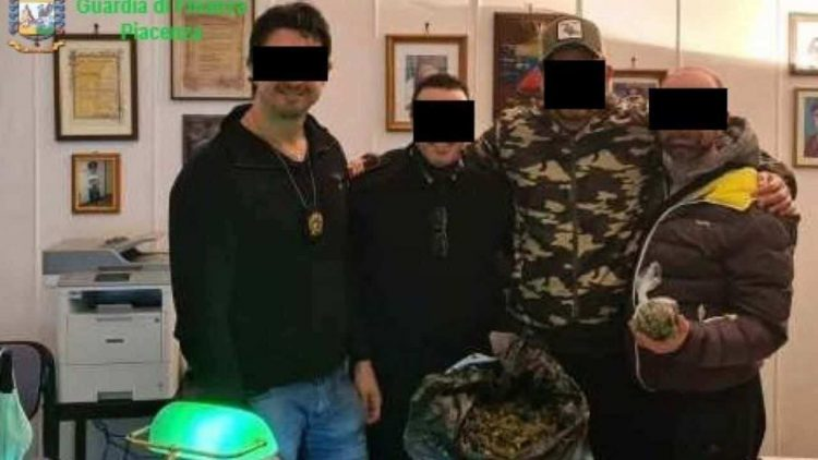 Carabinieri arrestati (Web)
