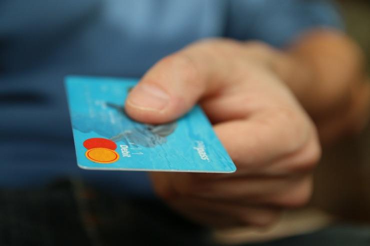 Decreto di agosto: per far aumentare i consumi un bonus sulle transazioni con Pos