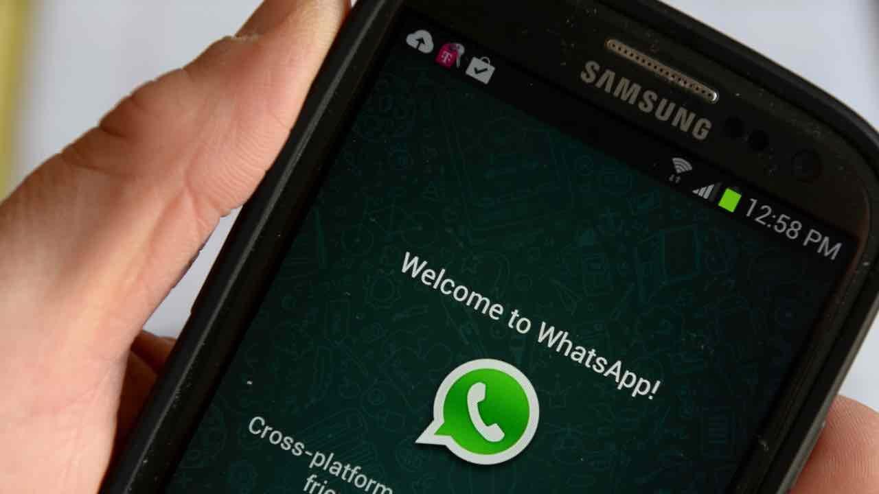 WhatsApp allarme privacy Garante