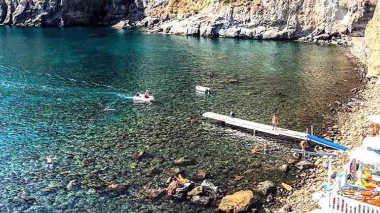 Baia di Sorgeto Ischia