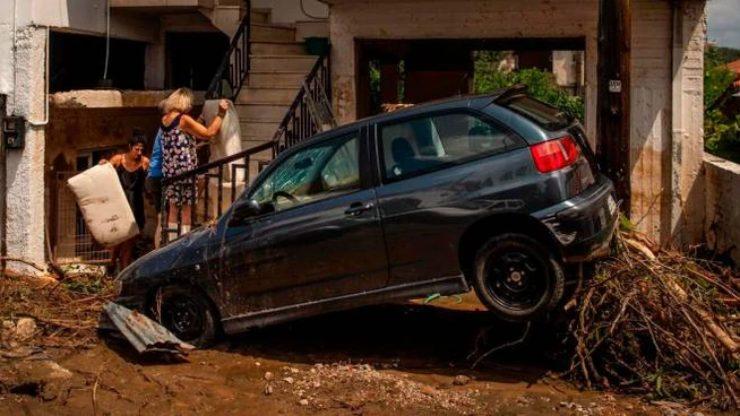 Maltempo Grecia, inondazioni sull'isola di Eubea: 7 morti e un disperso