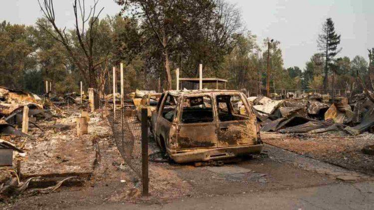 USA: incendi West Coast, 500'000 sfollati in Oregon