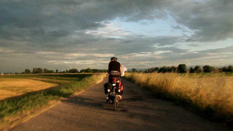Viaggio in bici (foto dal web)