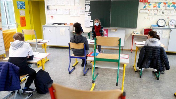 Covid primo caso italiano a scuola Roma