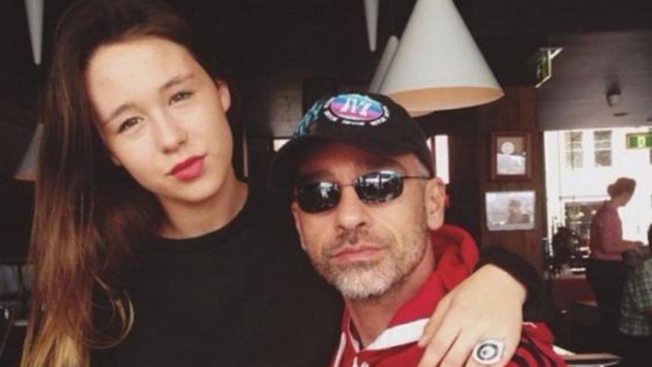 Eros e Aurora Ramazzotti, punzecchiata social agli haters