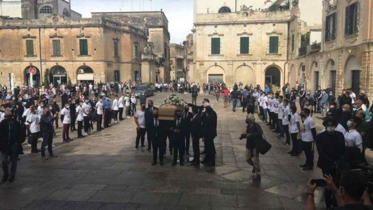 Funerali Lecce (foto dal web)
