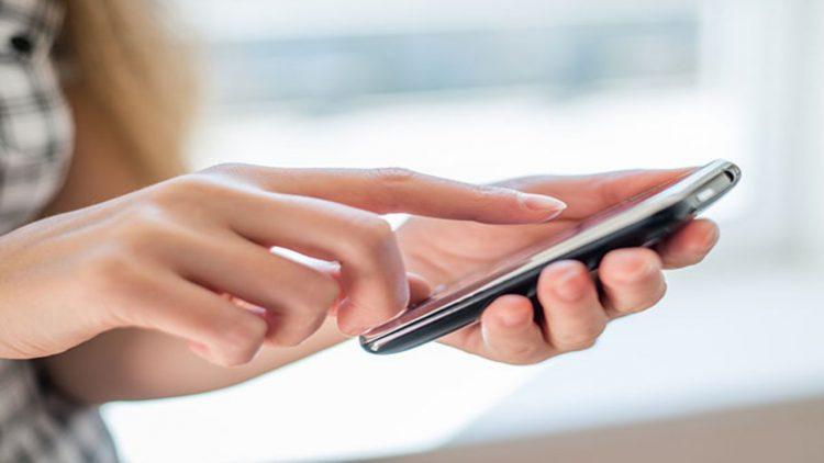 Cellulare (foto dal web)