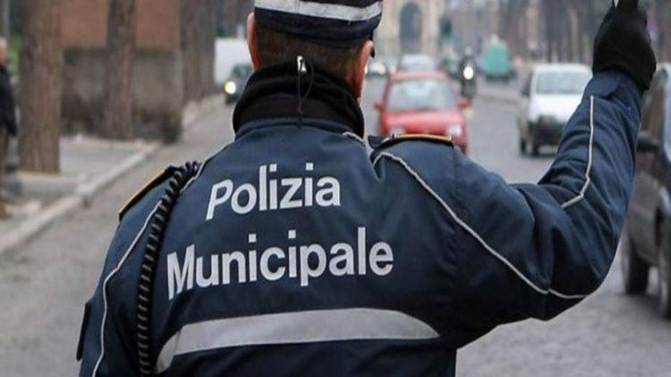Polizia municipale (foto dal web)