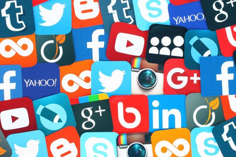 Social network pericolosi per i bambini (foto dal web)