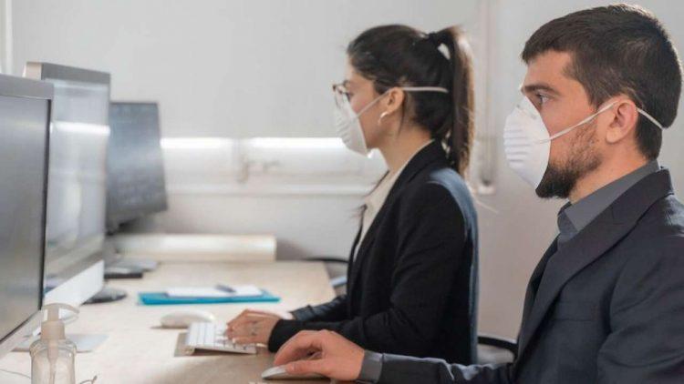 Numeri Covid favorevoli mascherina smartworking