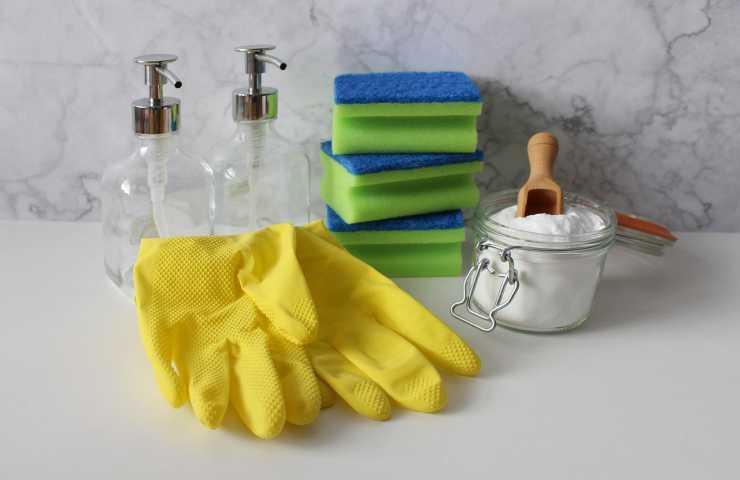Disinfettare casa fai da te