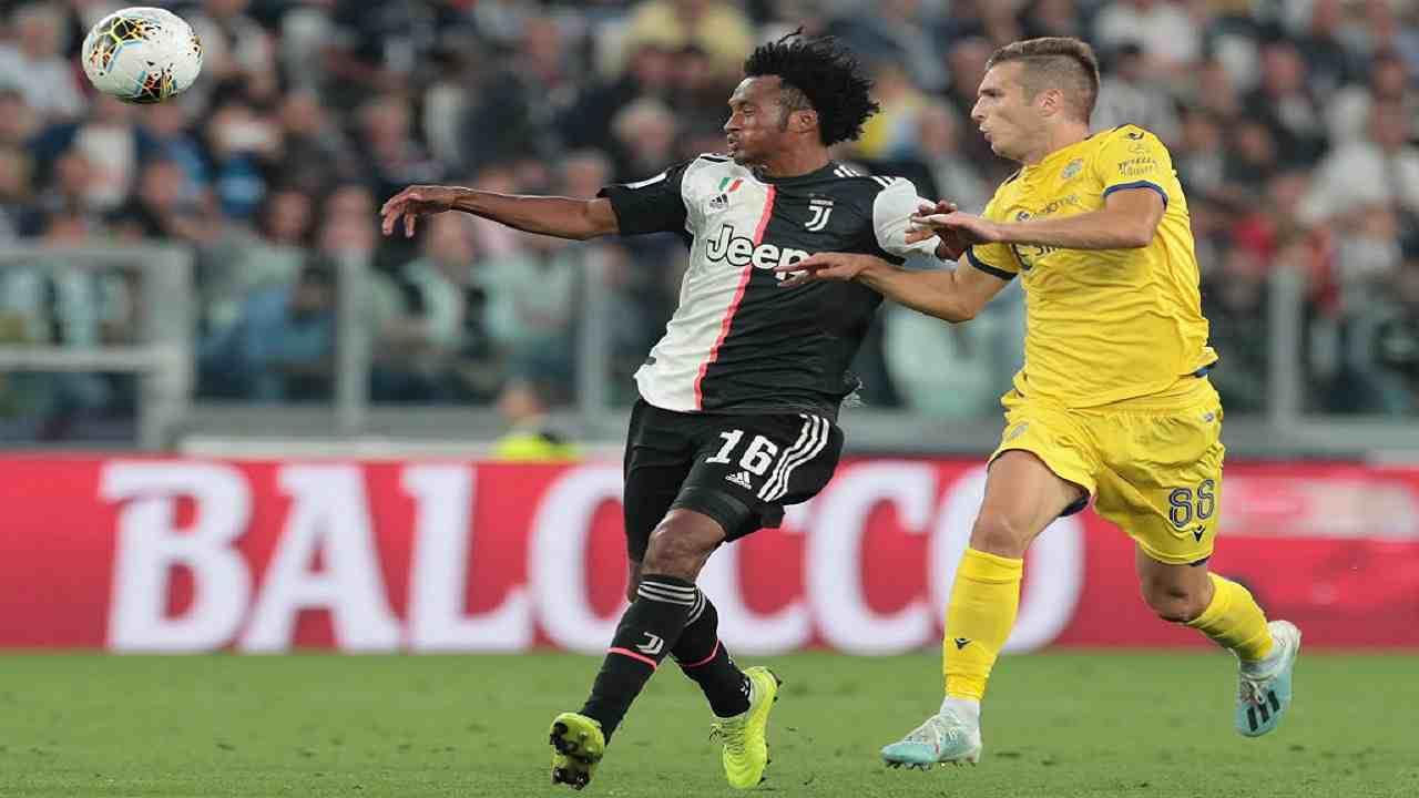 Juventus contro il Verona con la quarta maglia 2020-2021 ...  |Juventus Verona