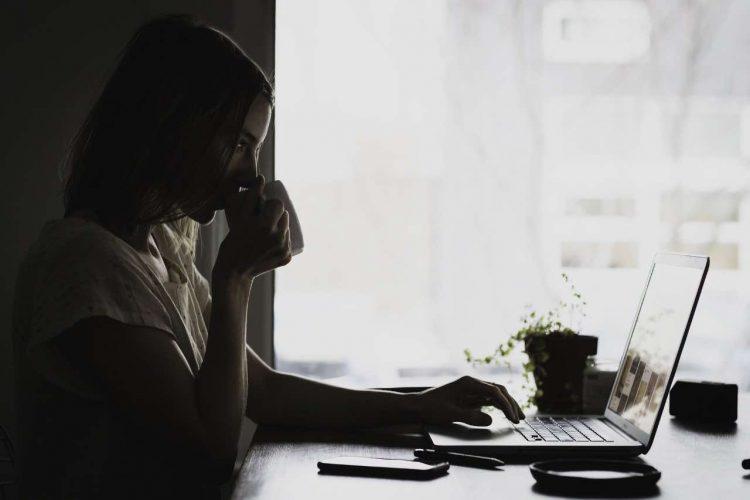 Smartworking: la postura corretta e come gestire lo stress