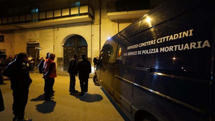 Bimbo suicidato a Napoli (foto dal web)