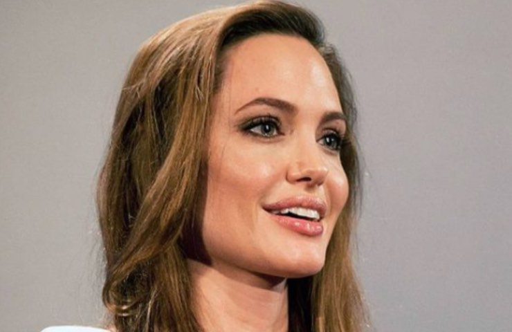 Angelina Jolie sconcertante rivelazione intervento