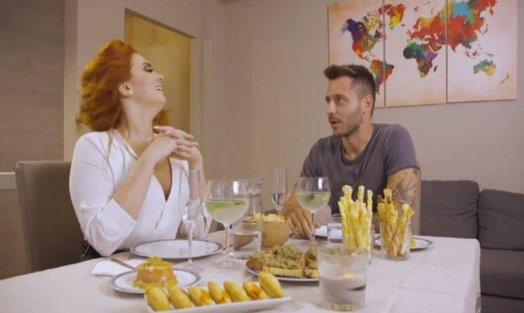 Matrimonio a prima vista - Nicole e Andrea e cena (screen programma)
