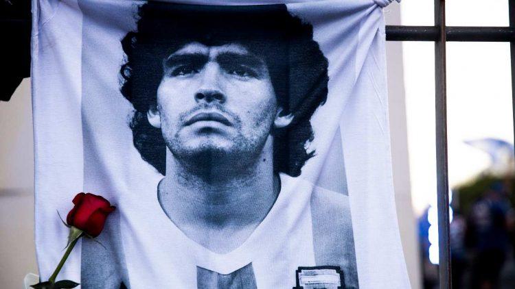 Diego Armando Maradona svela segreto messi