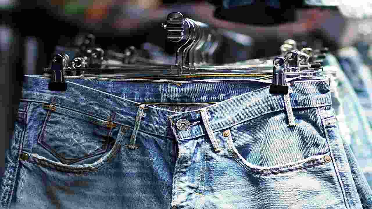 Jeans ambiente inquinamento