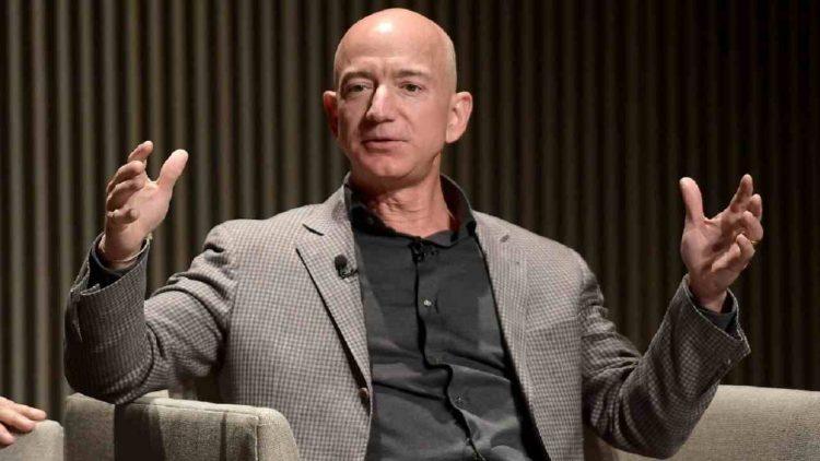 Jeff Bezos stanziati milioni cambiamenti climatici