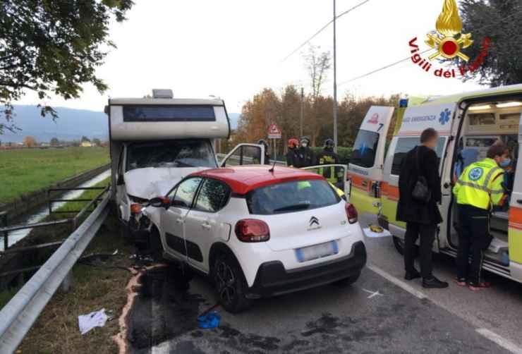 Incidente camper e Citroe C3 Vicenza (foto www.ecovicentino.it)