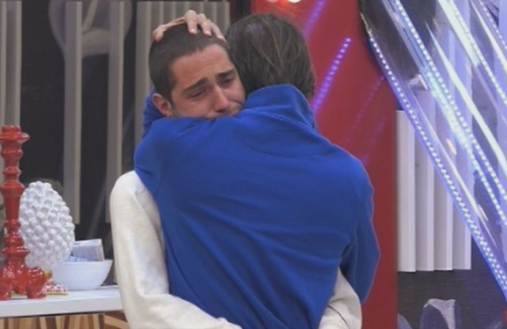Abbraccio Tommaso Zorzi e Francesco Oppini