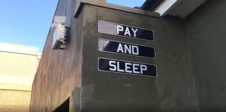 Pay and sleep ostello