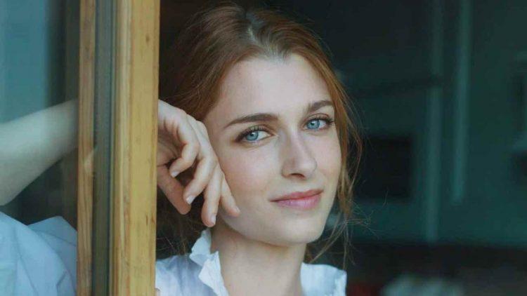 Silvia Mazzieri occhi di ghiaccio