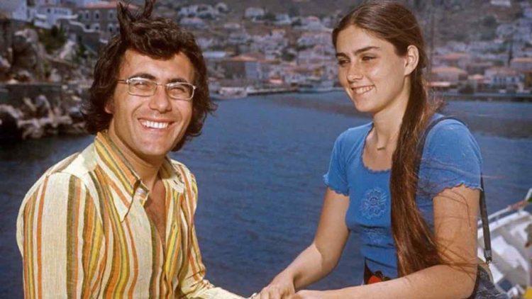 Albano e Romina foto ricordo mare