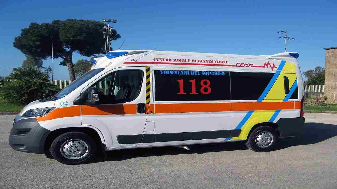 Reggio Emilia Incidente moto ragazzo