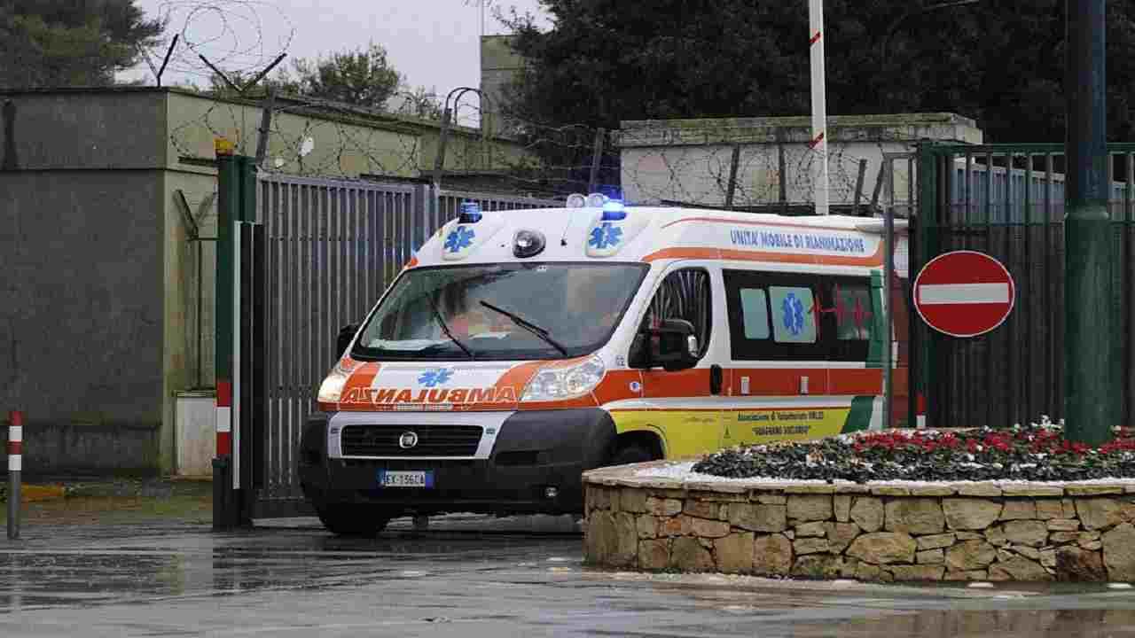 Ancona bambino morta in casa